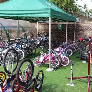 Avondale Park Primary School Bike Market